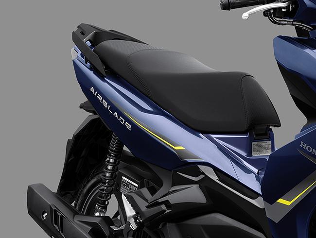 Honda-air-blade-2021-xemayhoabinhminh-02